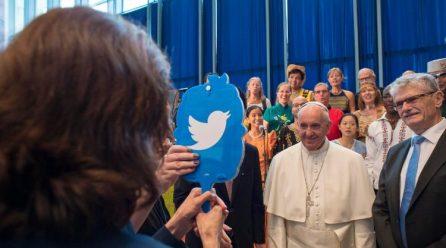Tài khoản Twitter của Đức Giáo hoàng Phanxicô có gần 50 triệu người theo dõi