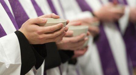 Một giáo phận ở Mexico dùng mã nhận dạng QR để chống nạn linh mục giả