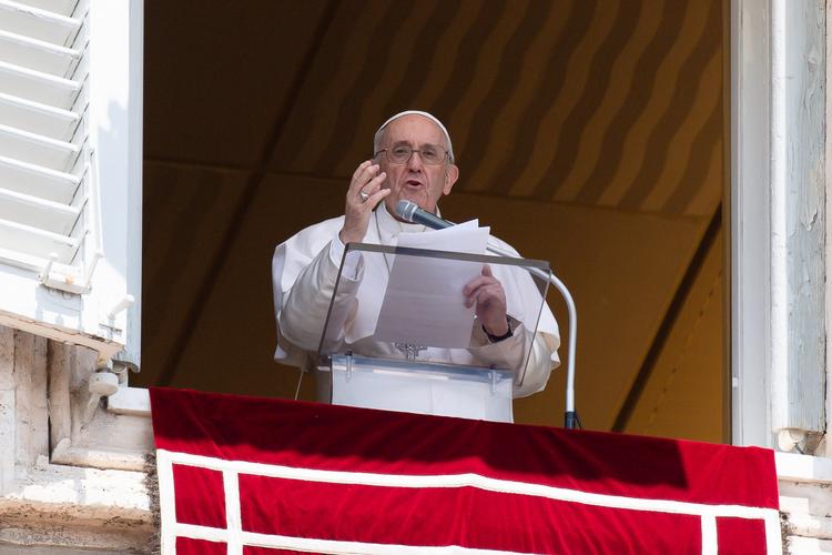 Một phong bì có chứa ba viên đạn gửi tới Đức Thánh Cha Phanxicô đã bị ngăn chặn